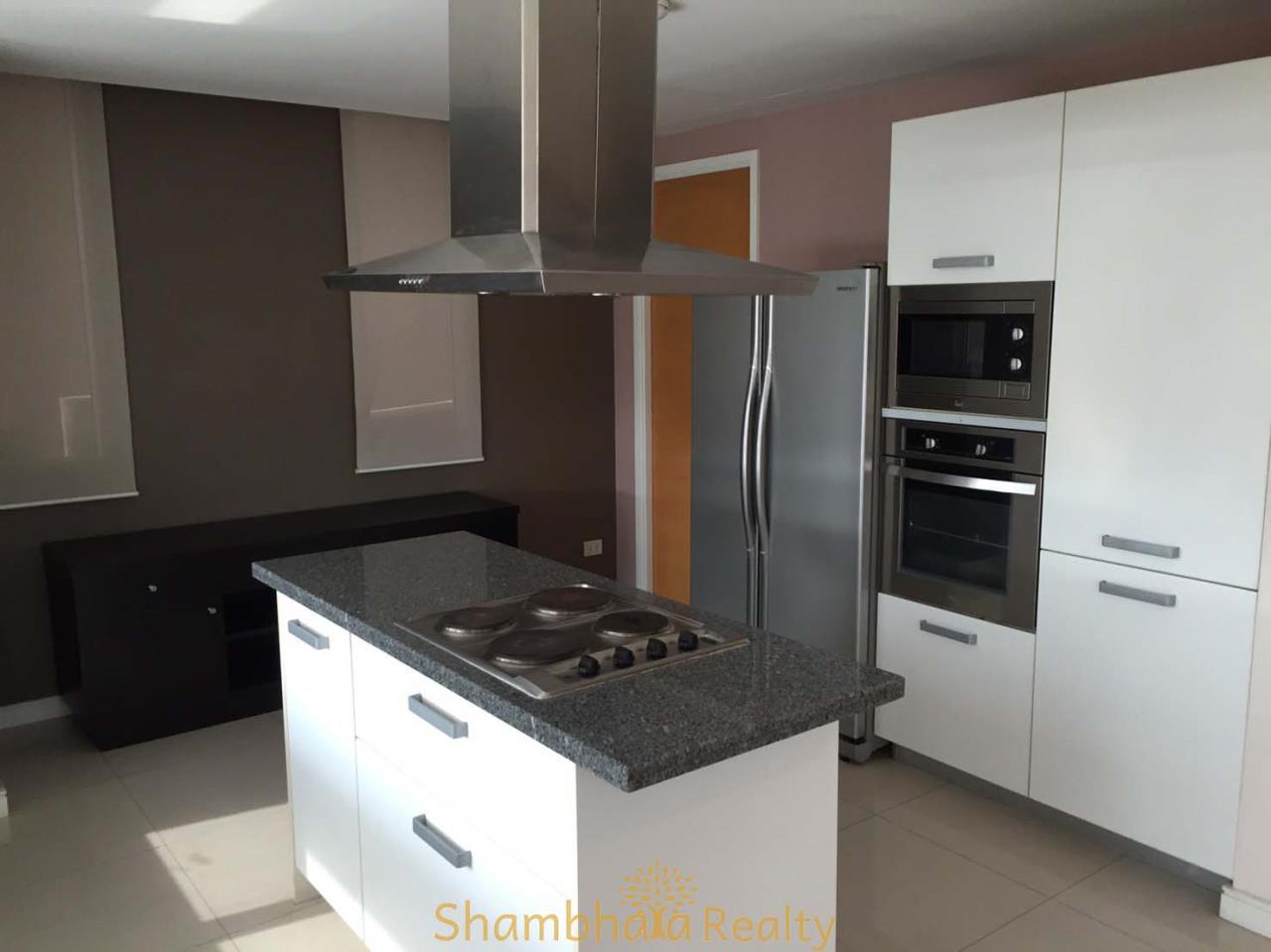Shambhala Realty Agency's Fullerton Condominium for Rent in Sukhumvit 61 8