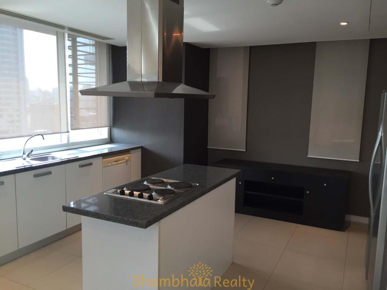 Shambhala Realty Agency's Fullerton Condominium for Rent in Sukhumvit 61 7