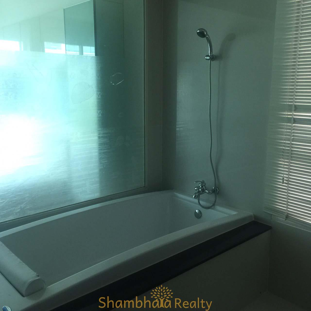 Shambhala Realty Agency's The Address Chidlom Condominium for Rent in Somkid 8