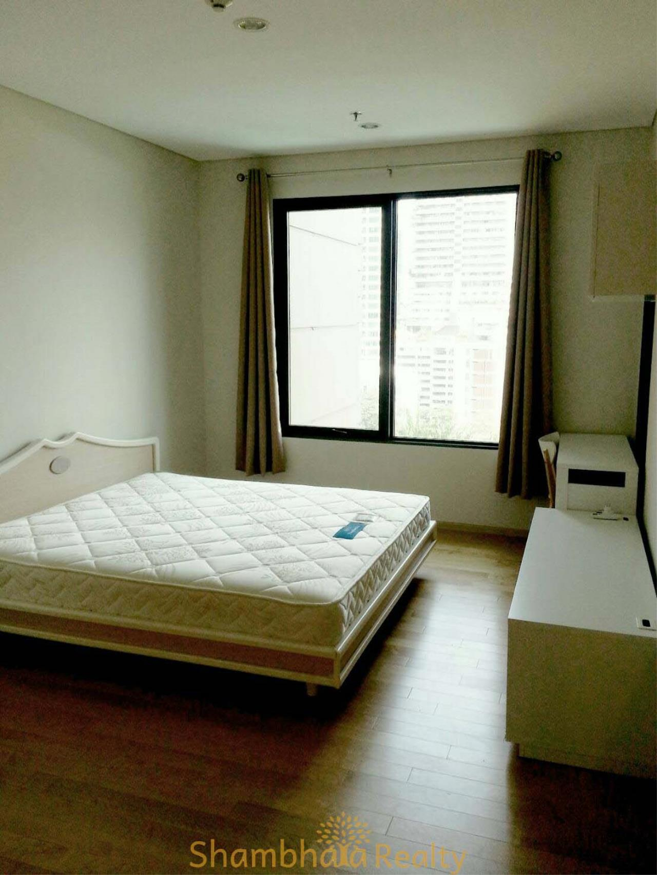 Shambhala Realty Agency's Villa Asoke Condominium for Rent in New Phetchaburi 6