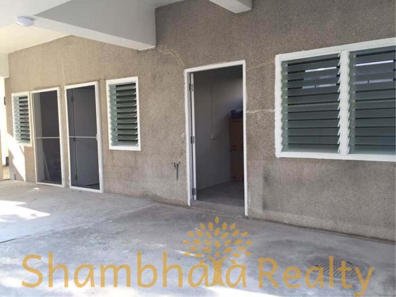 Shambhala Realty Agency's House For Rent Condominium for Rent in Sukhumvit 31 6