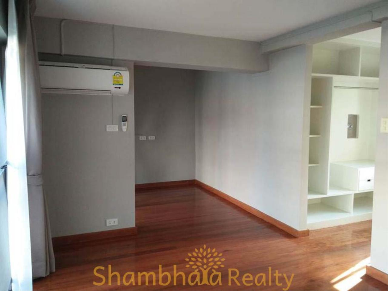 Shambhala Realty Agency's House For Rent Condominium for Rent in Sukhumvit 31 34