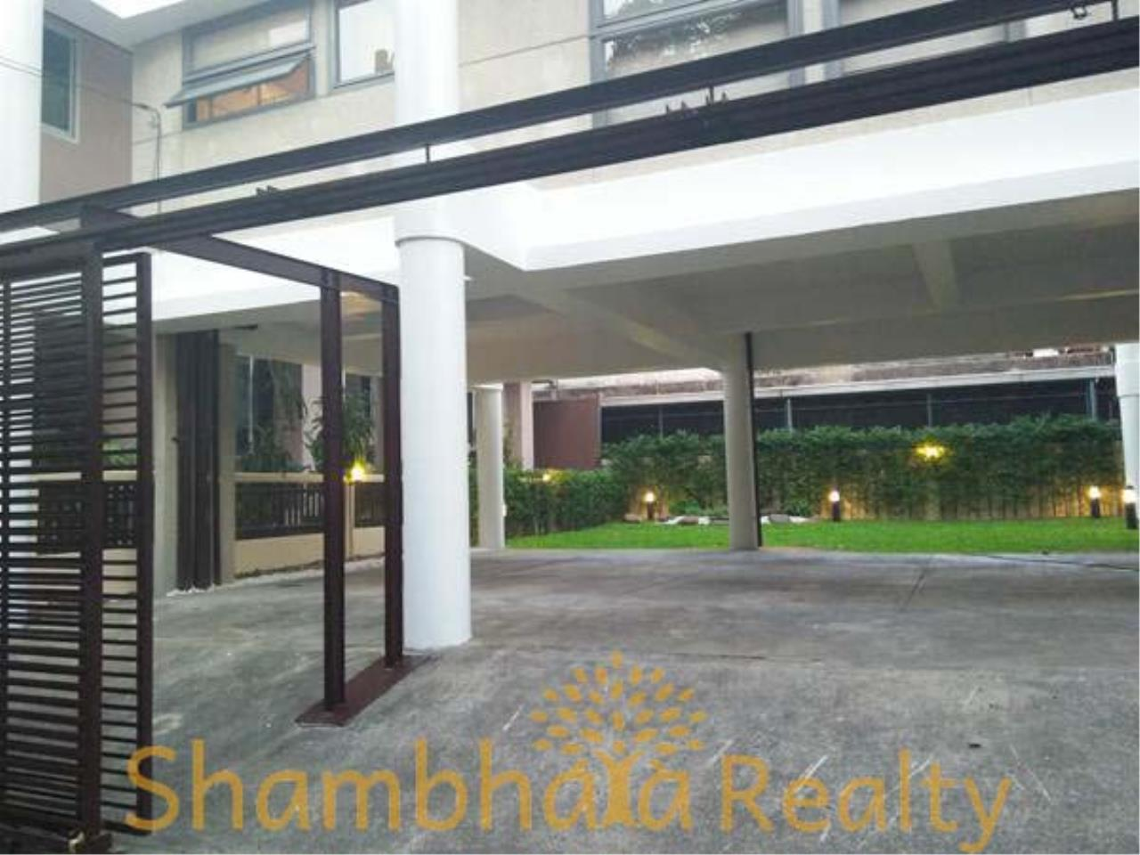 Shambhala Realty Agency's House For Rent Condominium for Rent in Sukhumvit 31 8