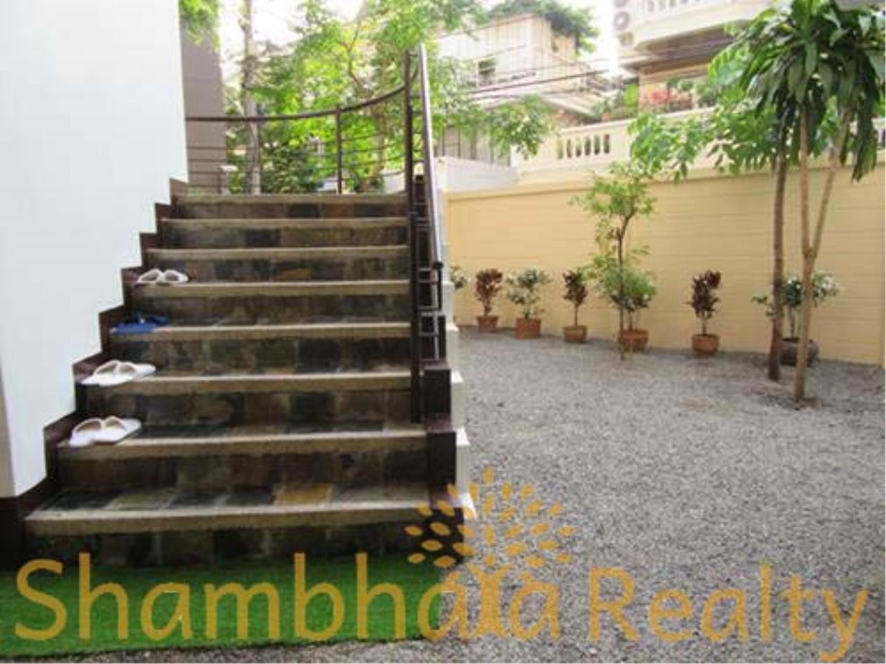 Shambhala Realty Agency's House For Rent Condominium for Rent in Sukhumvit 31 3