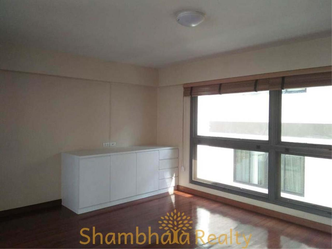 Shambhala Realty Agency's House For Rent Condominium for Rent in Sukhumvit 31 32