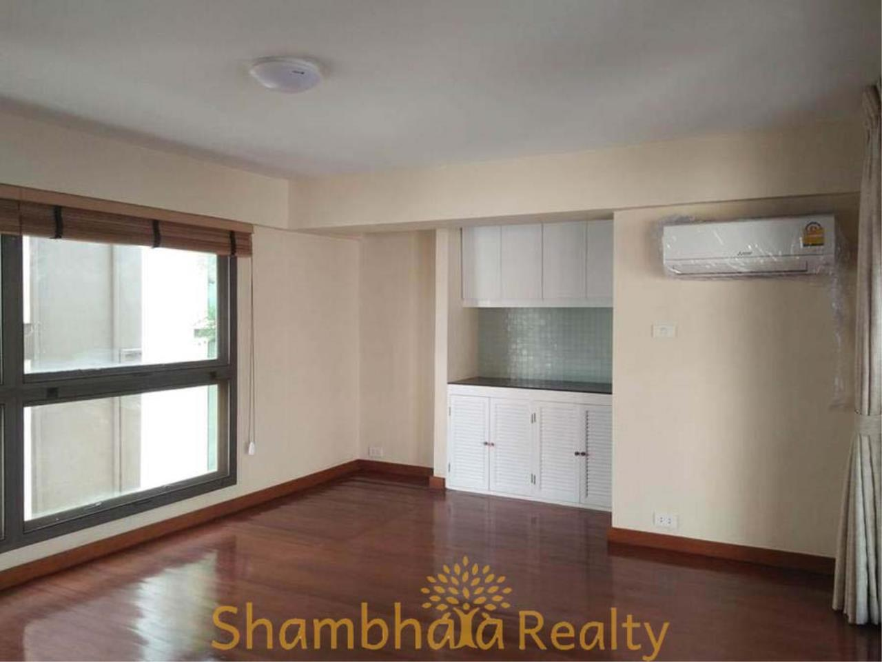 Shambhala Realty Agency's House For Rent Condominium for Rent in Sukhumvit 31 31