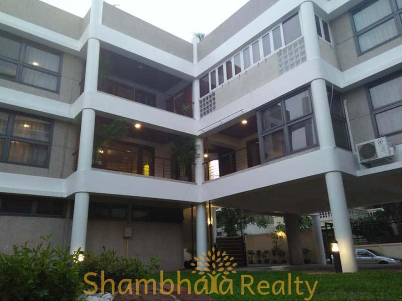 Shambhala Realty Agency's House For Rent Condominium for Rent in Sukhumvit 31 2