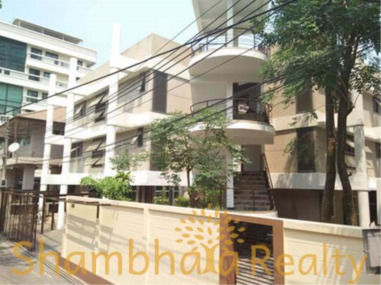 Shambhala Realty Agency's House For Rent Condominium for Rent in Sukhumvit 31 1
