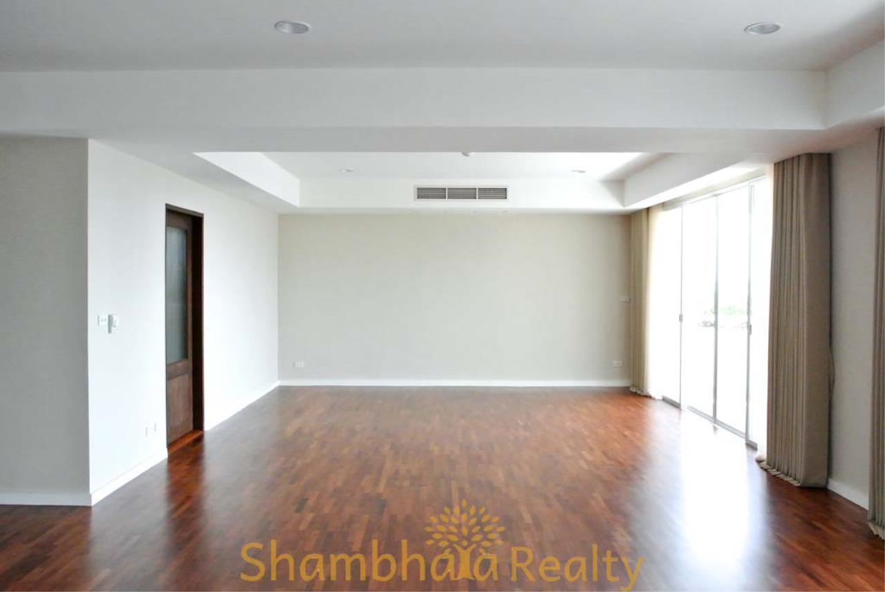 Shambhala Realty Agency's La Cascade Condominium for Rent in Ekkamai 10 17
