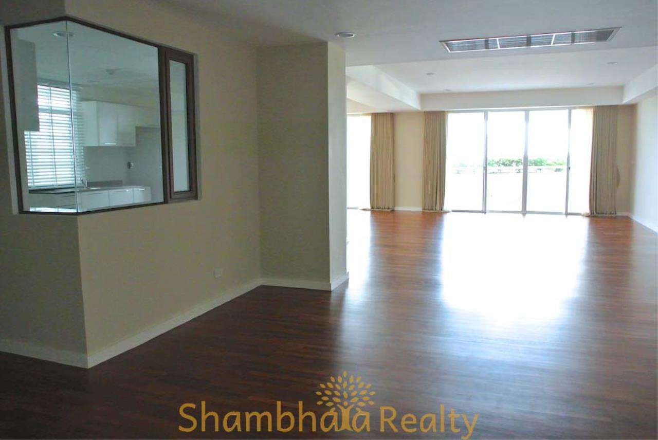 Shambhala Realty Agency's La Cascade Condominium for Rent in Ekkamai 10 18