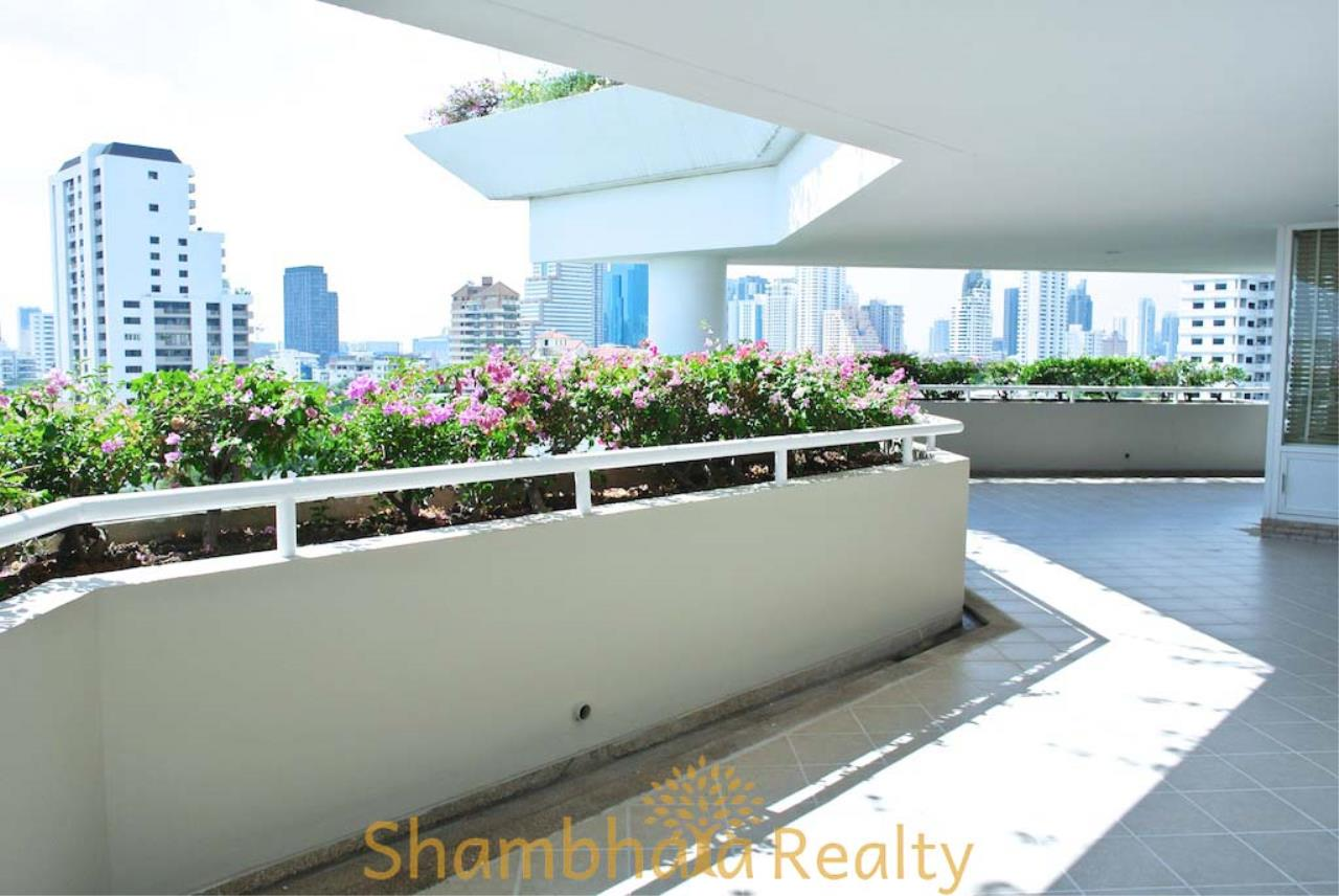 Shambhala Realty Agency's La Cascade Condominium for Rent in Ekkamai 10 21