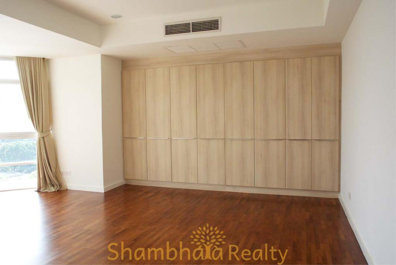 Shambhala Realty Agency's La Cascade Condominium for Rent in Ekkamai 10 15
