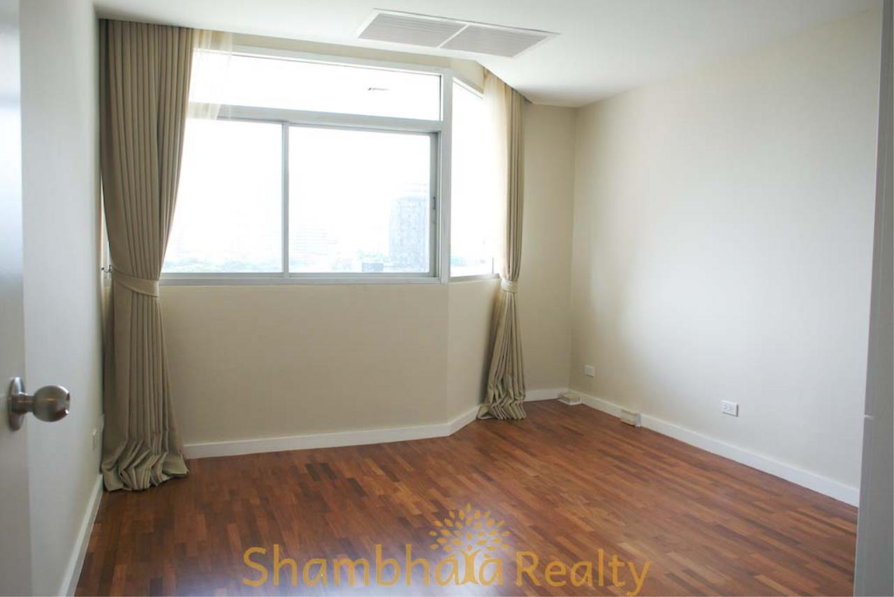 Shambhala Realty Agency's La Cascade Condominium for Rent in Ekkamai 10 8