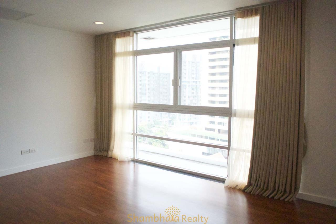 Shambhala Realty Agency's La Cascade Condominium for Rent in Ekkamai 10 19