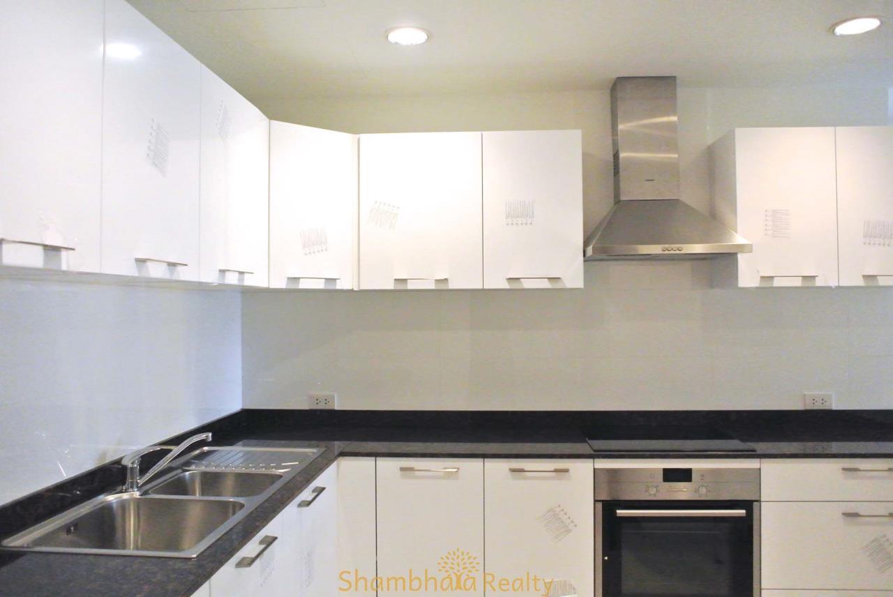 Shambhala Realty Agency's La Cascade Condominium for Rent in Ekkamai 10 5