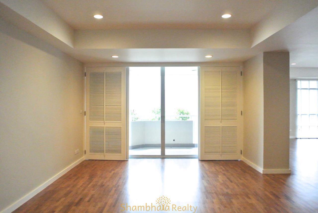 Shambhala Realty Agency's La Cascade Condominium for Rent in Ekkamai 10 6