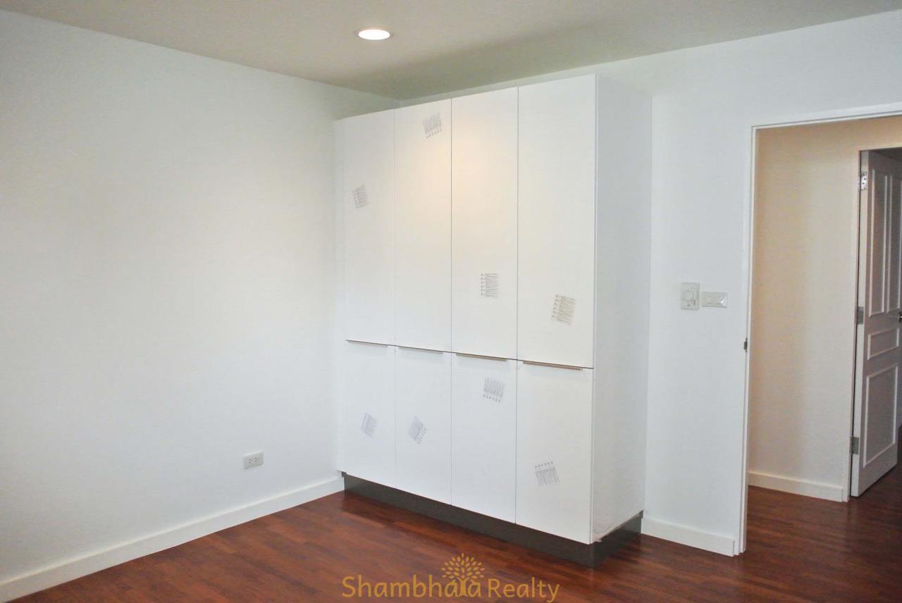 Shambhala Realty Agency's La Cascade Condominium for Rent in Ekkamai 10 26