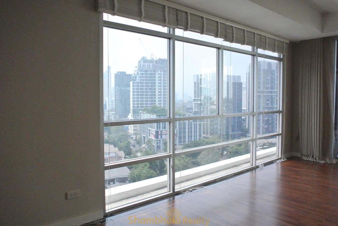 Shambhala Realty Agency's La Cascade Condominium for Rent in Ekkamai 10 8