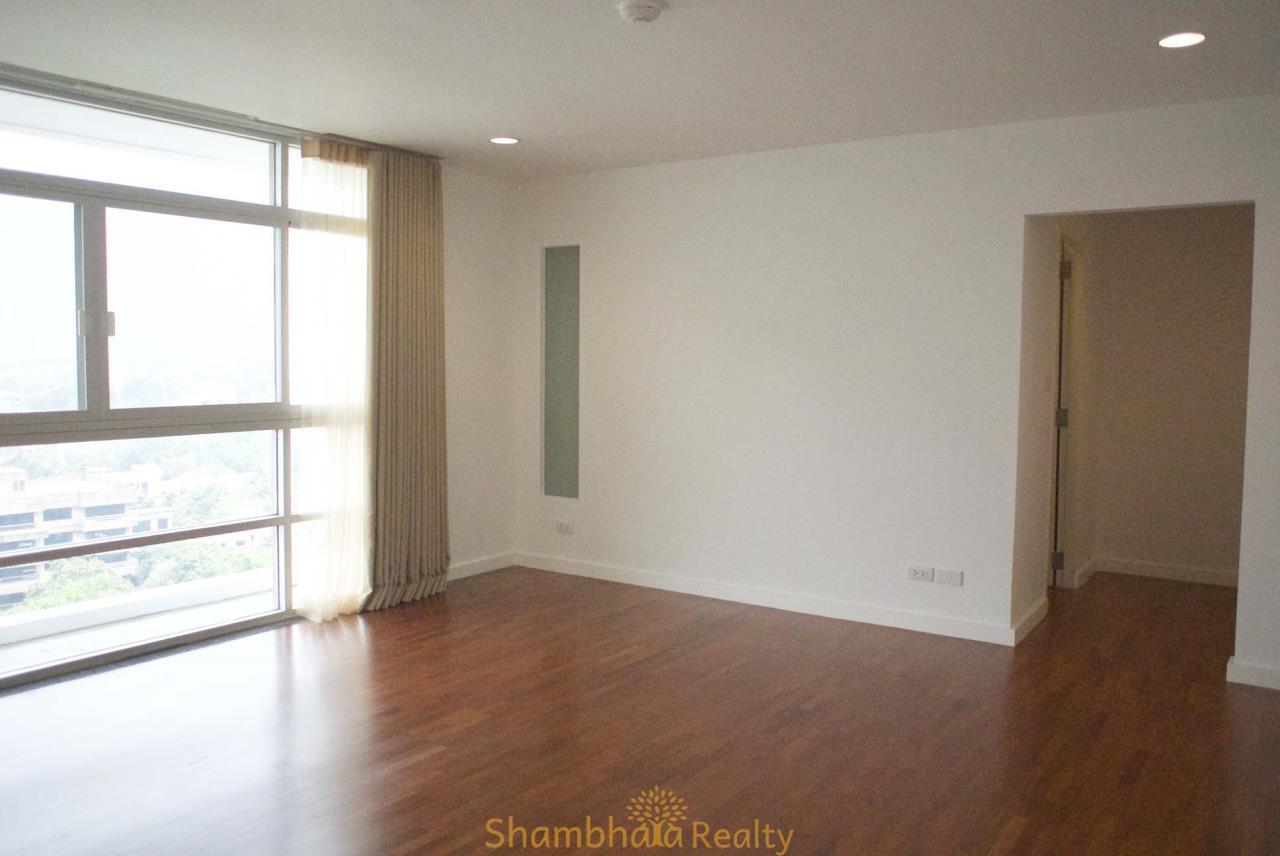Shambhala Realty Agency's La Cascade Condominium for Rent in Ekkamai 10 18