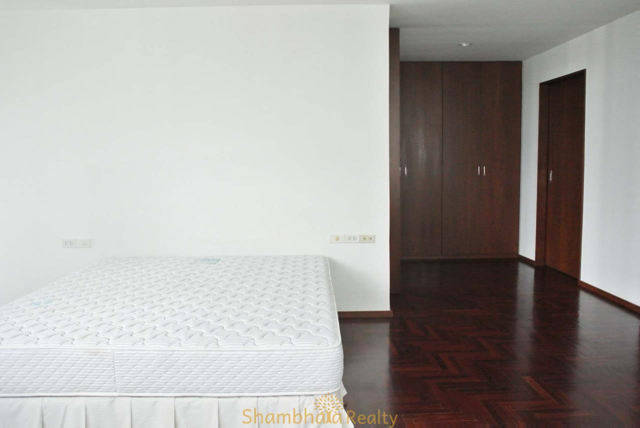 Shambhala Realty Agency's Lake Avenue Condominium for Rent in Sukhumvit 16 18