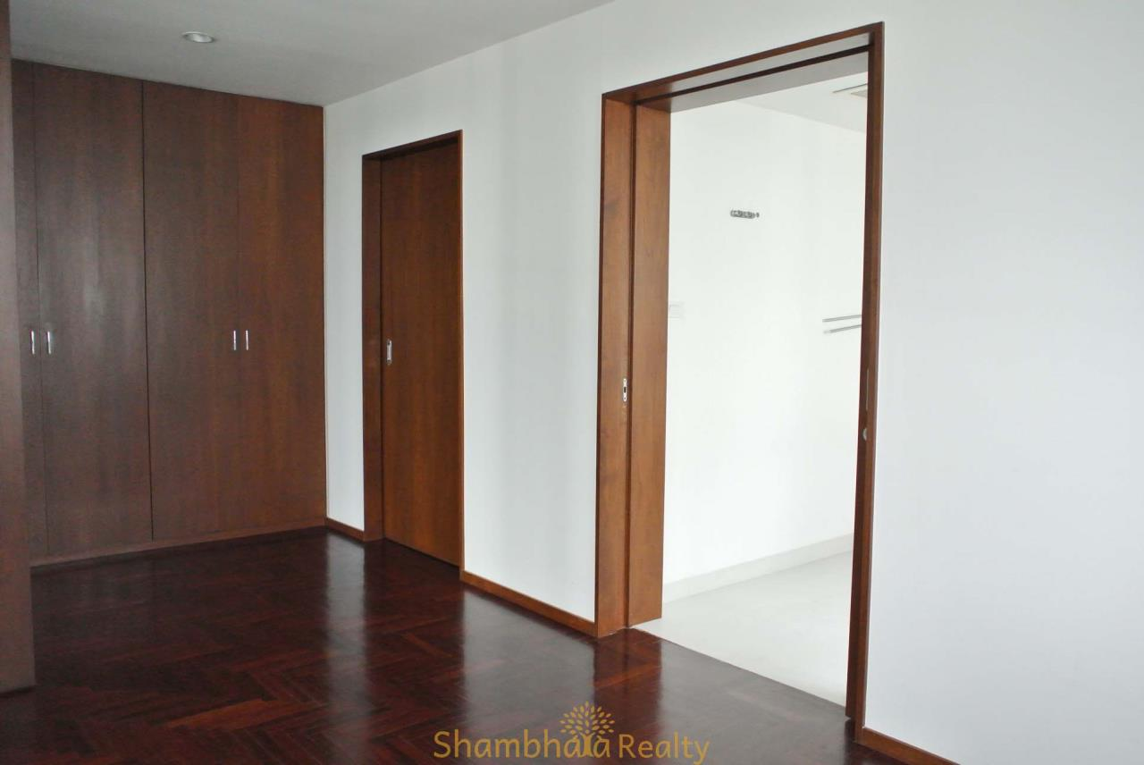 Shambhala Realty Agency's Lake Avenue Condominium for Rent in Sukhumvit 16 29