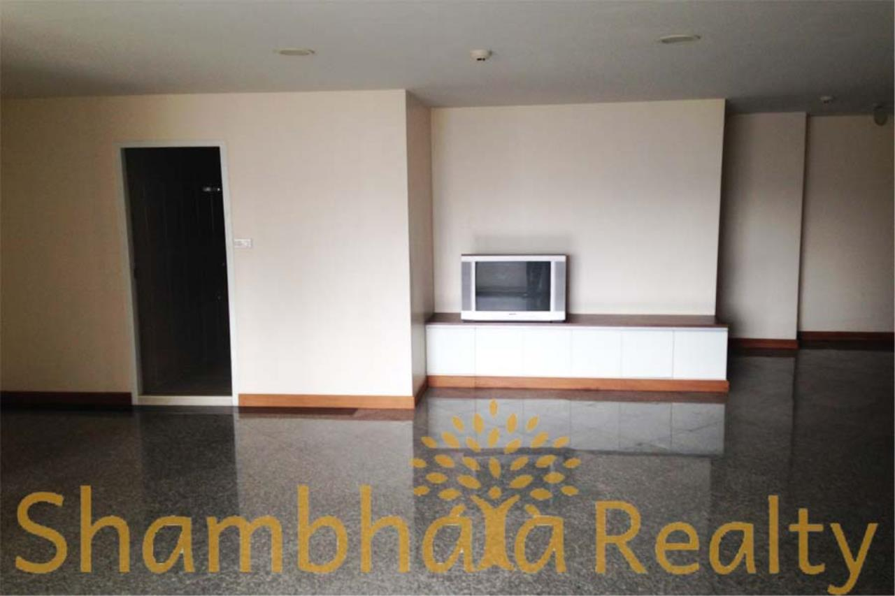 Shambhala Realty Agency's Richmond Palace Condominium for Sale in Sukhumvit 43 6