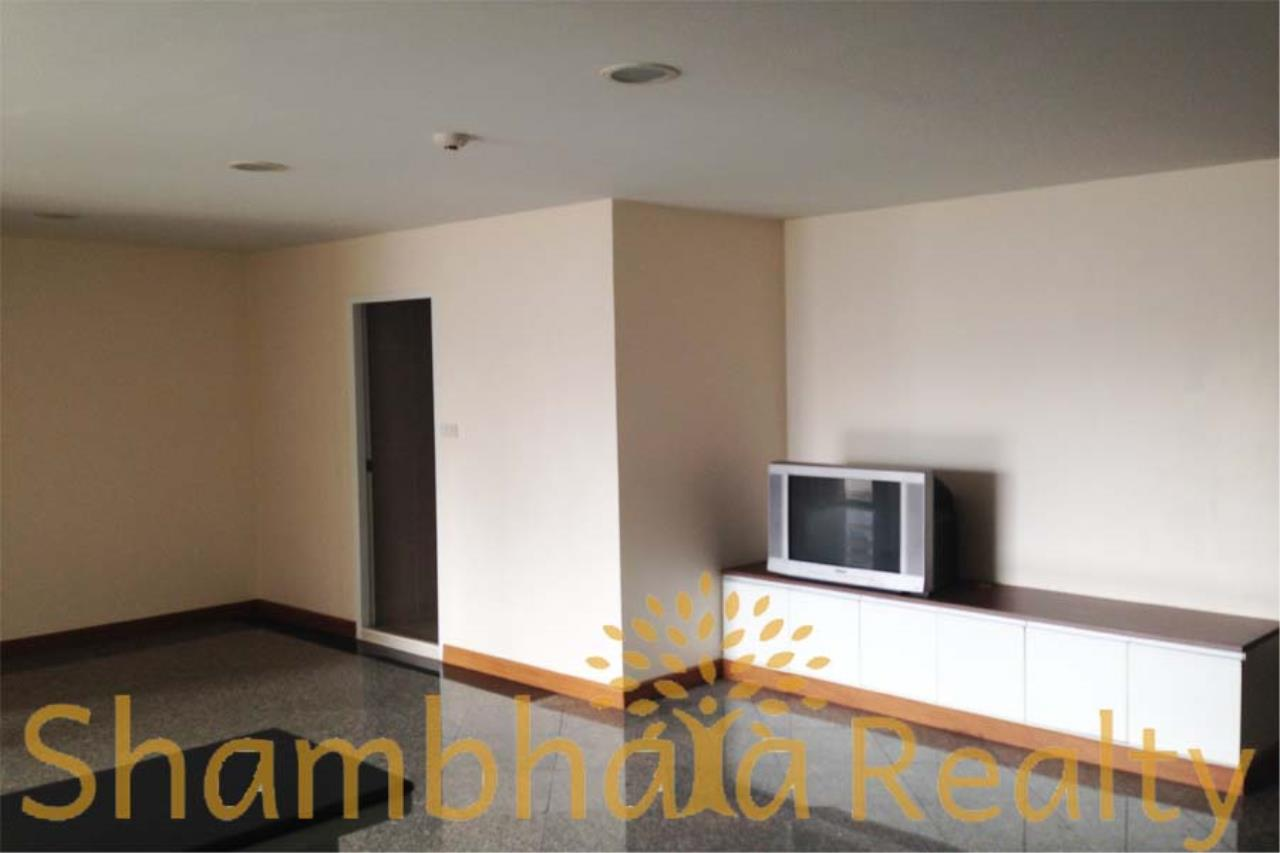 Shambhala Realty Agency's Richmond Palace Condominium for Sale in Sukhumvit 43 7