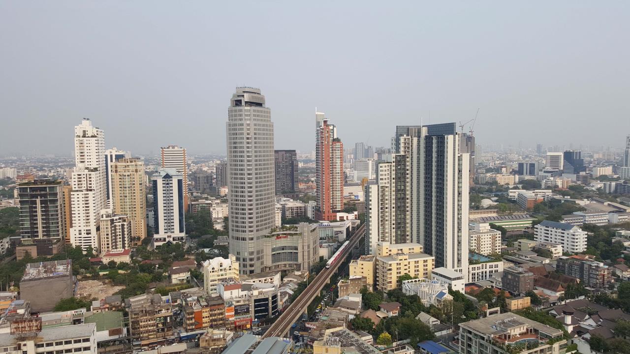 Shambhala Realty Agency's Noble Remix Condominium for Rent in Sukhumvit 36 5