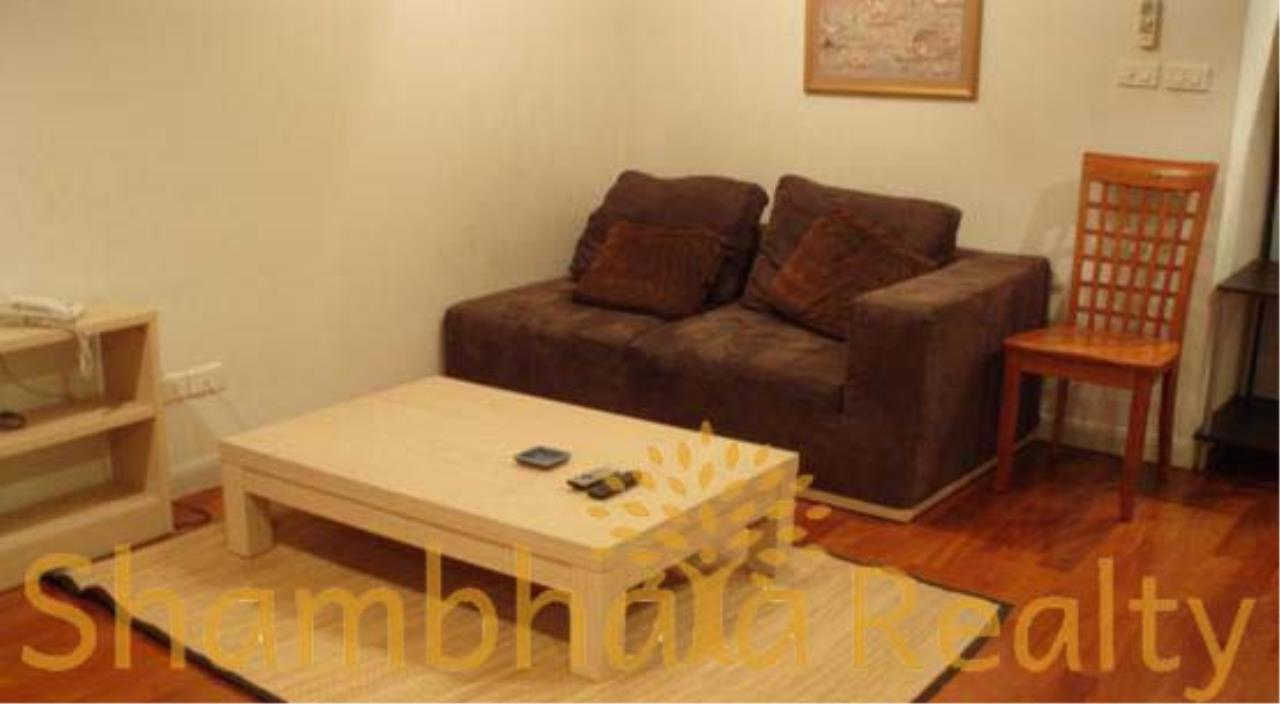 Shambhala Realty Agency's State Tower Condominium for Rent in Silom Area 5