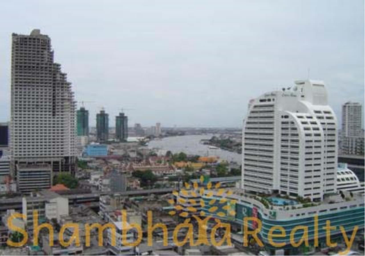 Shambhala Realty Agency's State Tower Condominium for Rent in Silom Area 7