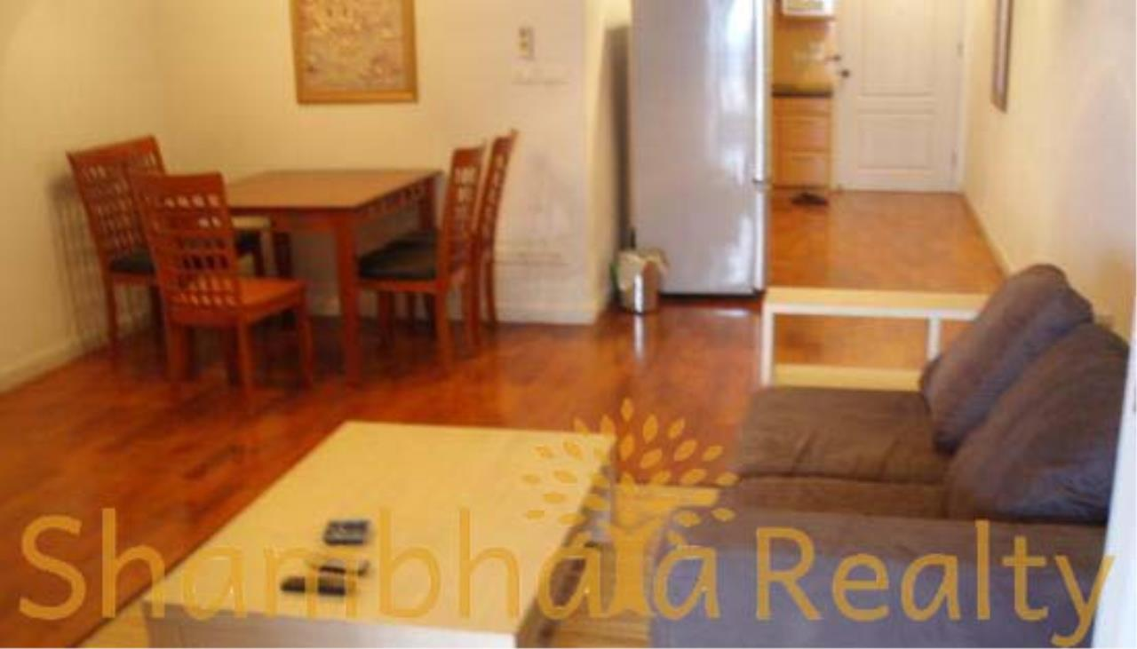 Shambhala Realty Agency's State Tower Condominium for Rent in Silom Area 3