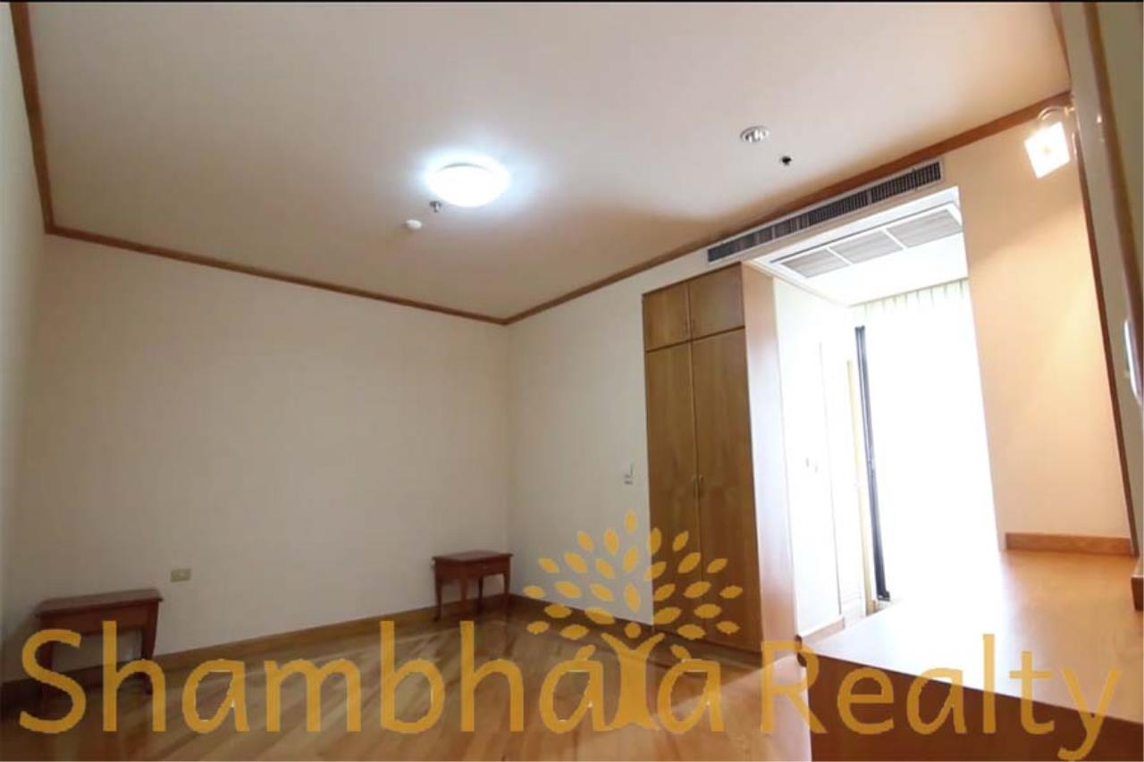 Shambhala Realty Agency's Chareonchai Place Condominium for Rent in Ekkamai 12 7