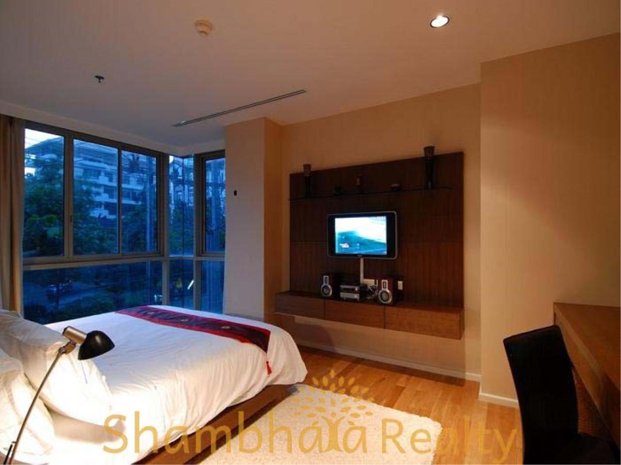 Shambhala Realty Agency's The Legend Saladaeng Condominium for Rent in Saladaeng road 5