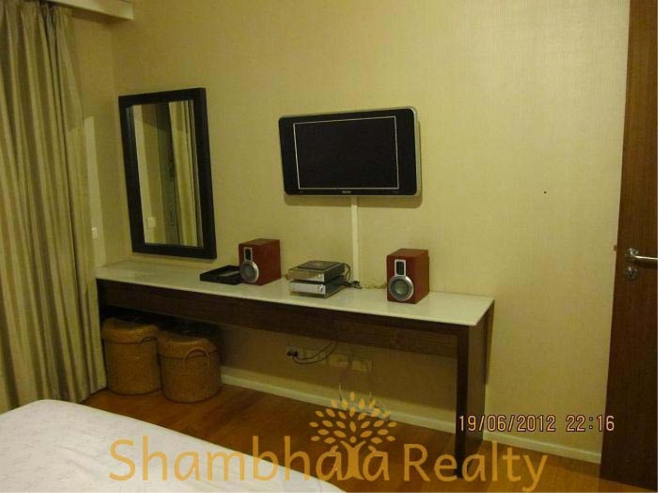 Shambhala Realty Agency's The Legend Saladaeng Condominium for Rent in Saladaeng road 2
