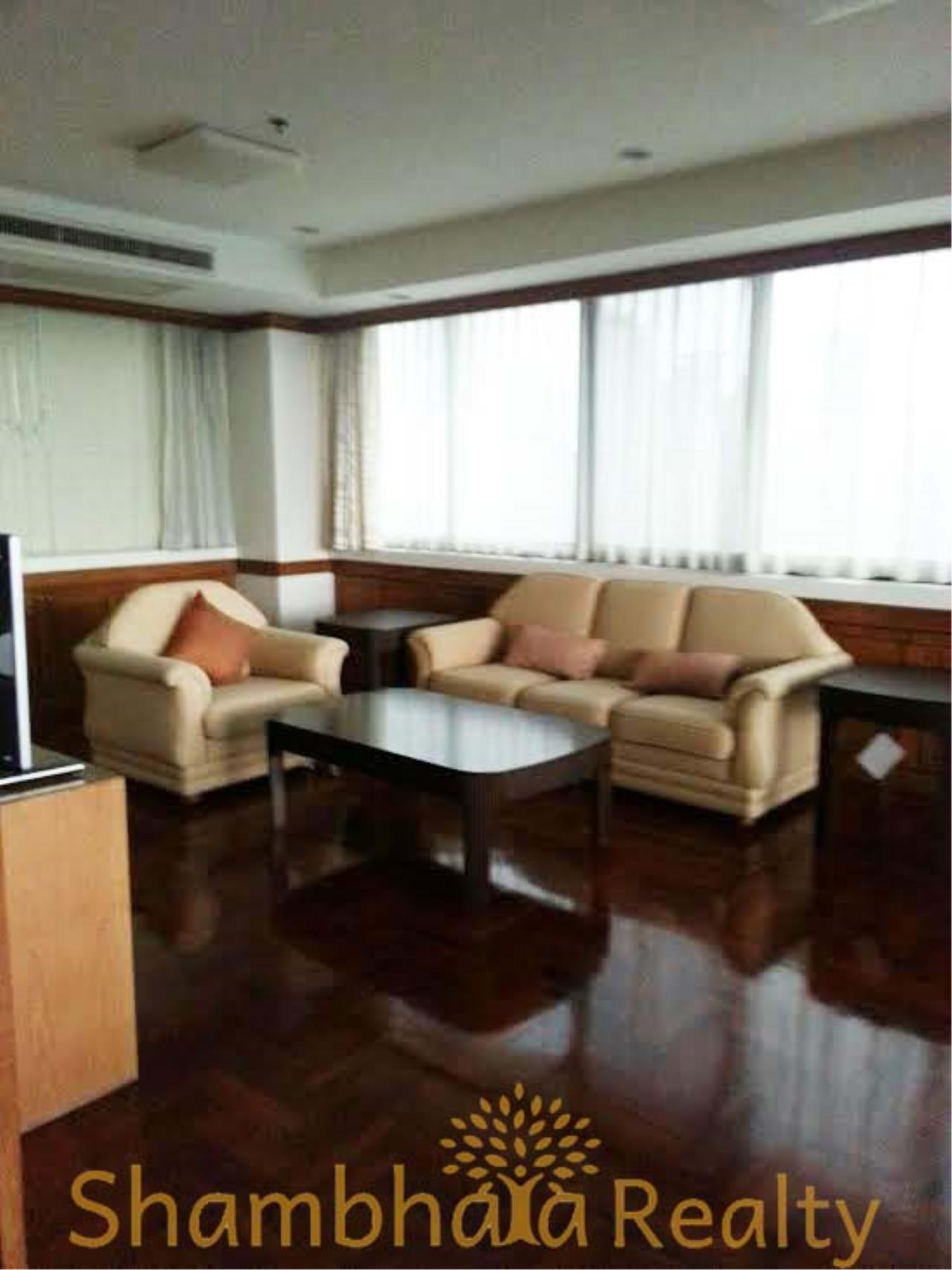Shambhala Realty Agency's Ruamsuk Condominium for Rent in Sukhumvit 26 3