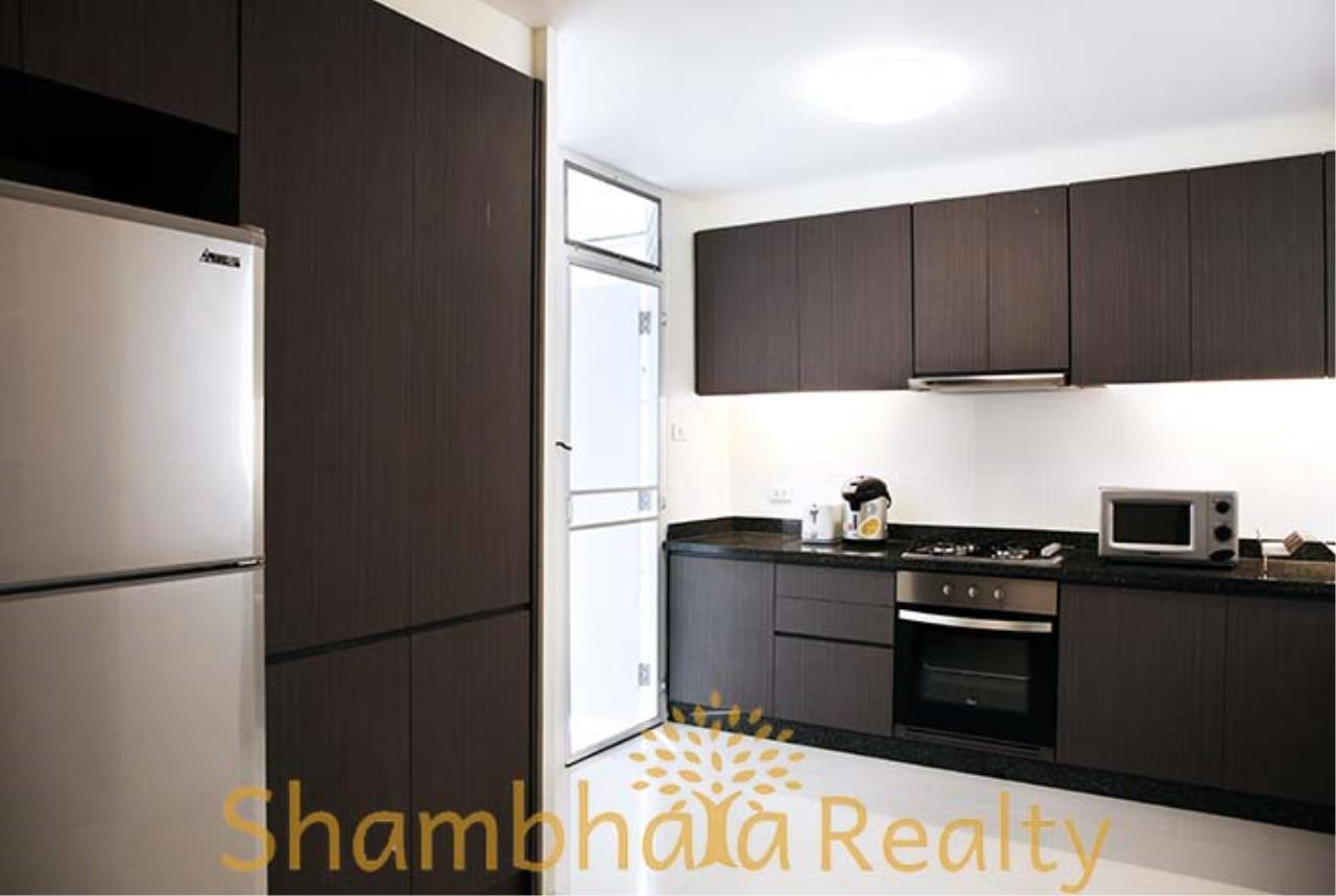 Shambhala Realty Agency's Kameo Court Condominium for Rent in Sukhumvit 7 5