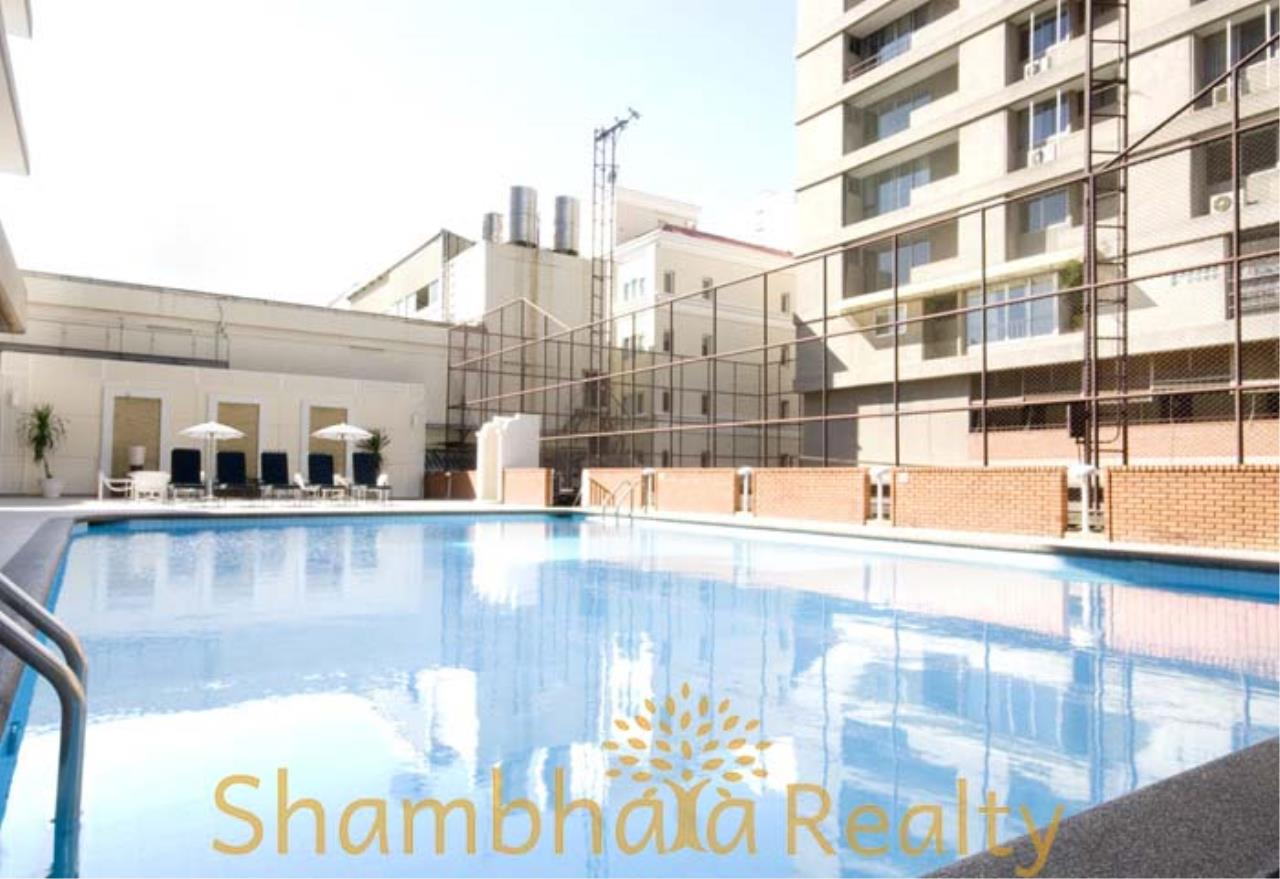 Shambhala Realty Agency's Kameo Court Condominium for Rent in Sukhumvit 7 1