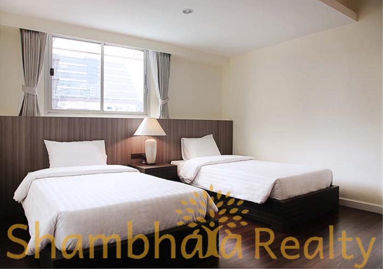 Shambhala Realty Agency's Kameo Court Condominium for Rent in Sukhumvit 7 8