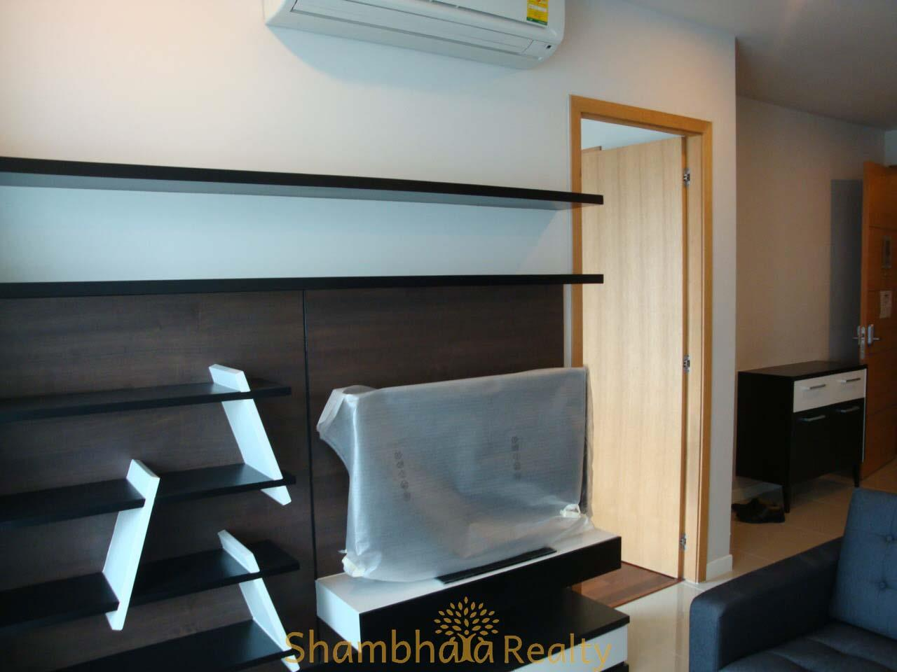 Shambhala Realty Agency's Circle Condominium Condominium for Rent in New Phetchaburi Road 4