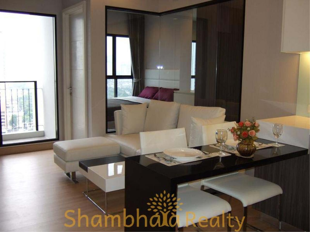 Shambhala Realty Agency's Urbano Absolute Sathon Taksin Condominium for Rent in Krung Thonburi 7