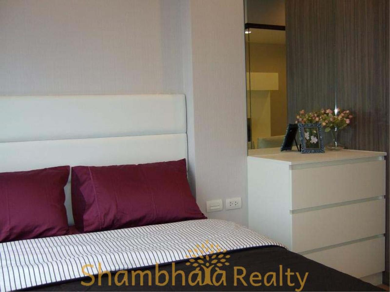 Shambhala Realty Agency's Urbano Absolute Sathon Taksin Condominium for Rent in Krung Thonburi 8