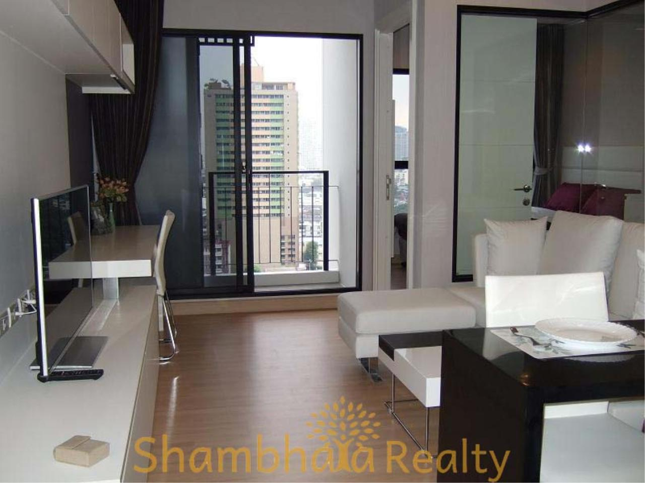 Shambhala Realty Agency's Urbano Absolute Sathon Taksin Condominium for Rent in Krung Thonburi 9