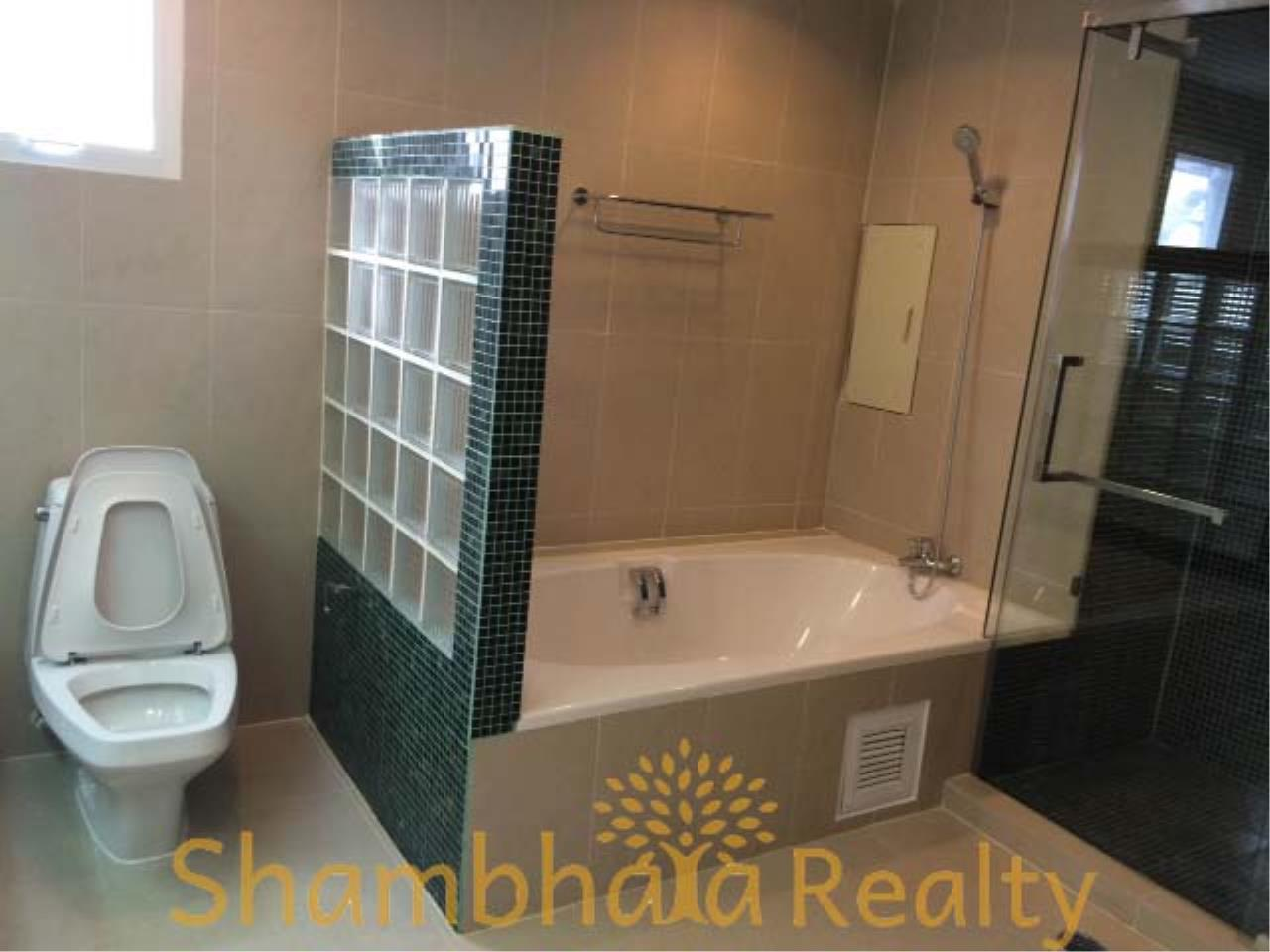 Shambhala Realty Agency's Sanguan Sap Townhouse Condominium for Rent in Narathiwas 4 12