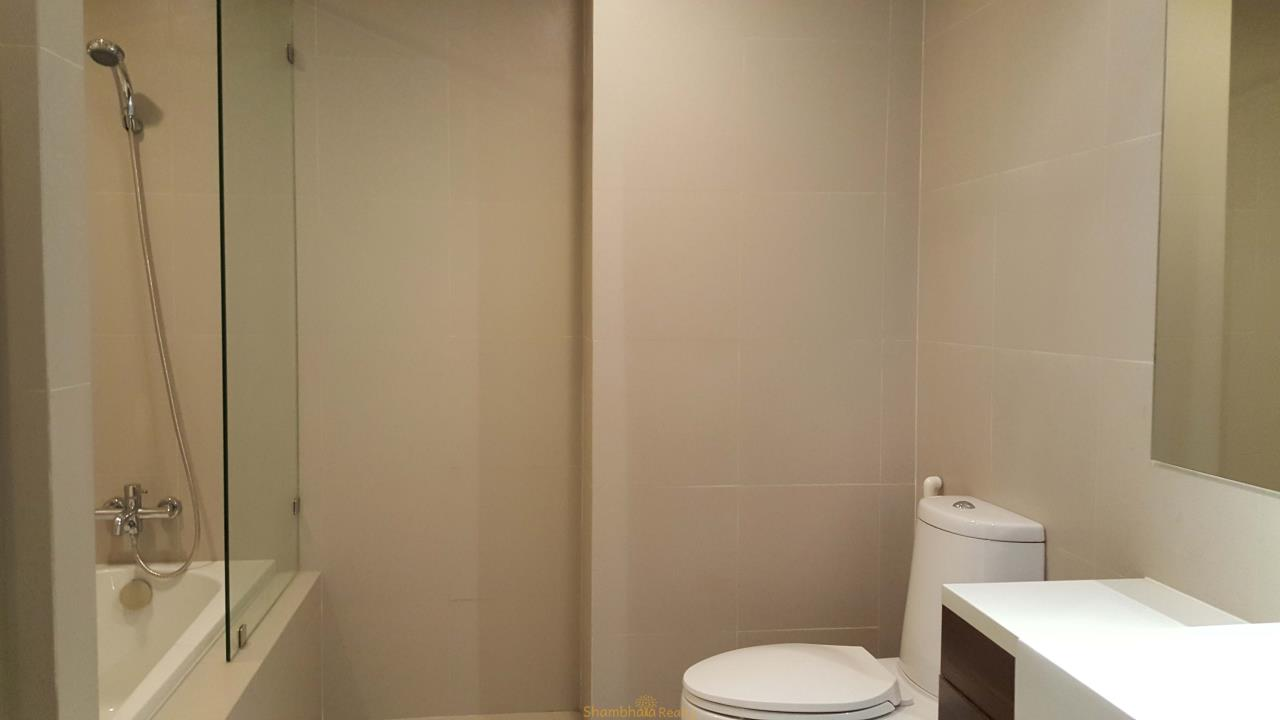 Shambhala Realty Agency's Noble Remix Condominium for Rent in Sukhumvit 36 14