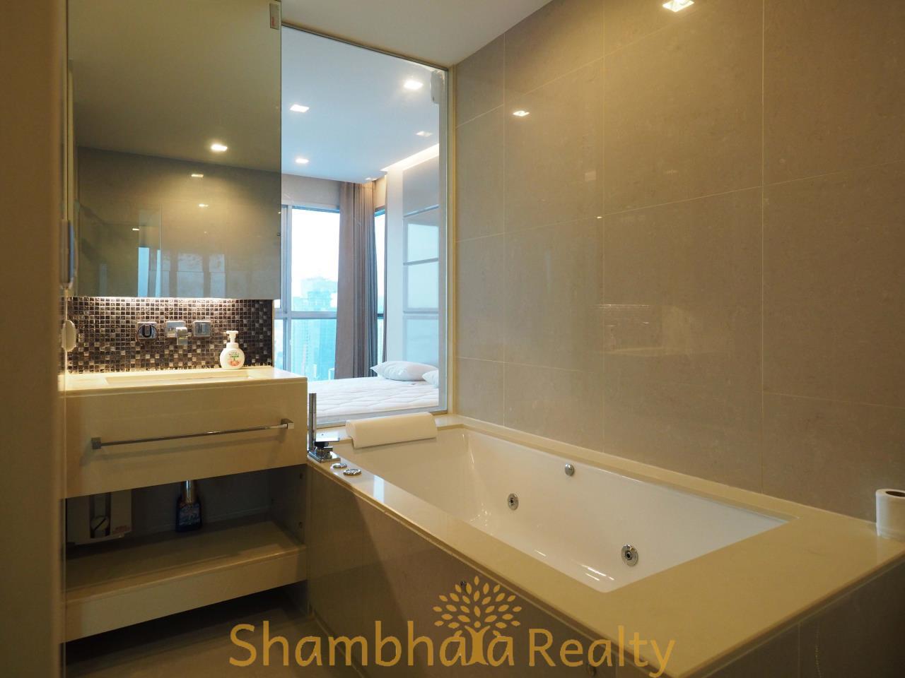 Shambhala Realty Agency's The Address Asoke Condominium for Rent in Petchaburi-tudmai 9