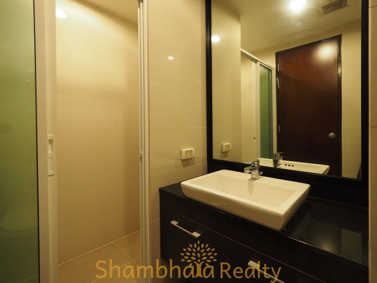 Shambhala Realty Agency's Abstract Condominium for Rent in Phaholyothin 12