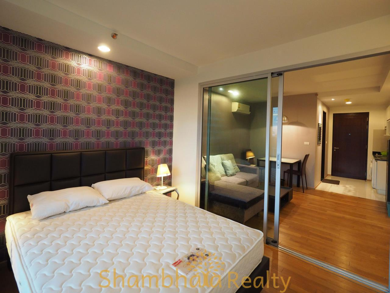 Shambhala Realty Agency's Abstract Condominium for Rent in Phaholyothin 8