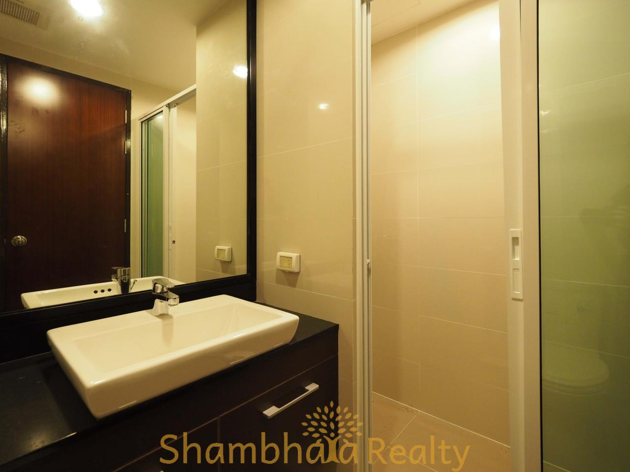 Shambhala Realty Agency's Abstract Condominium for Rent in Phaholyothin 11