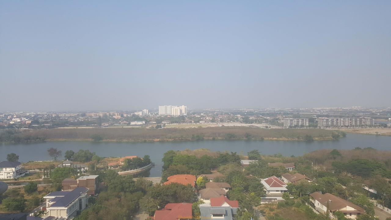 Shambhala Realty Agency's Golden Lake view (Geneva) Condominium for Rent in Muang Thong 5