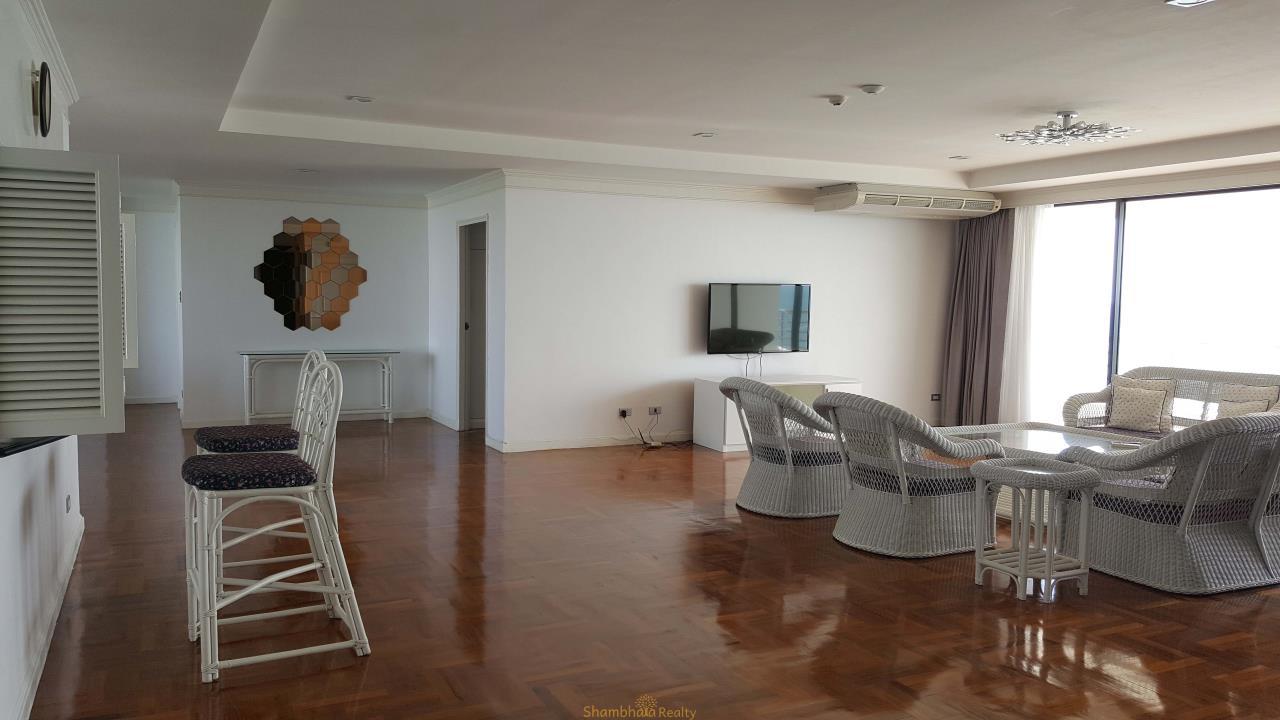 Shambhala Realty Agency's Royal Cliff Beach Resort Condominium Condominium for Rent in Pattaya 2